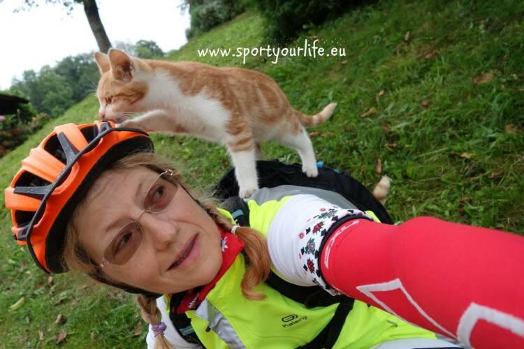 Anka Berger Nominierung Mein Sportschnappschuss 2016 - Radtraining durch Felder und Bauernhöfe - Voten und/oder auch sich selbst nominieren unter http://www.facebook.com/groups/Sportsblogged