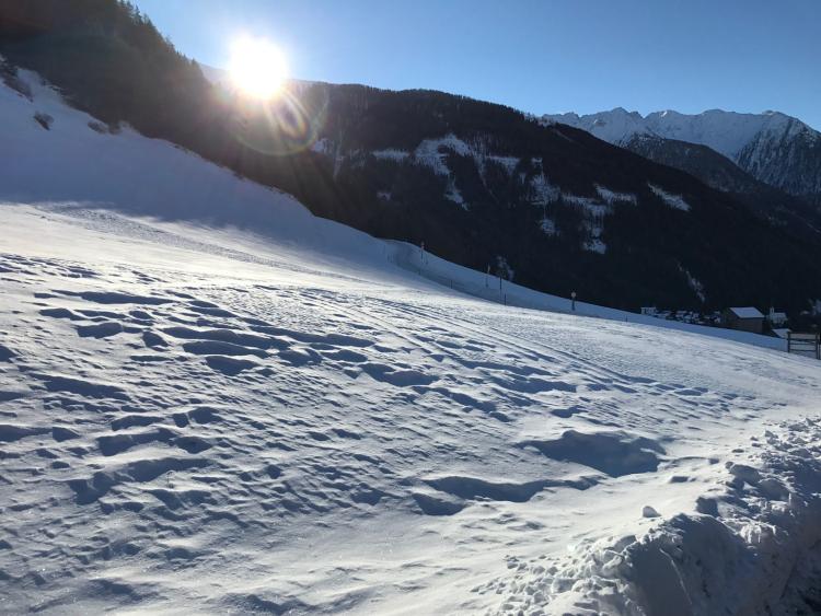 Sonne, Schnee, aufgehen